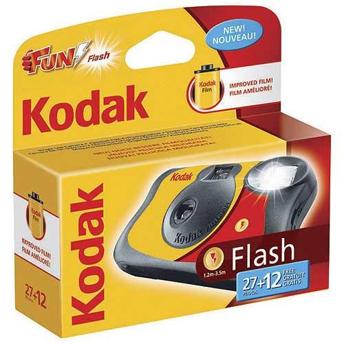 Cámara Un Solo Uso Kodak FUN SAVER con Flash - 27 + 12 Exposiciones