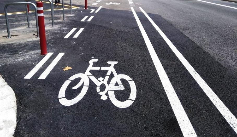 carril-bici-barcelona-en-patinete-electrico